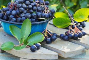 jak usunąć pestycydy z owoców